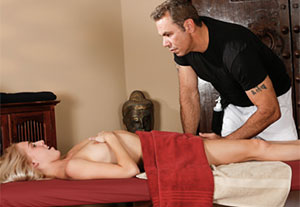 Best massage xxx site for sexy masseurs eager to rub your body